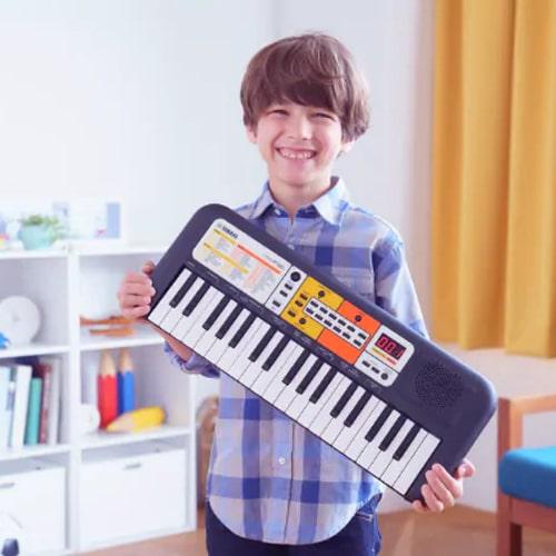 Đặc điểm của đàn Organ Yamaha PSS - F30
