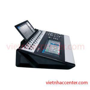 Digital Mixer QSC Touchmix-30 Pro