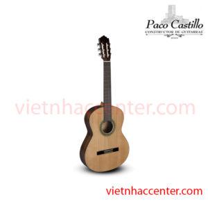 Guitar Classic Paco castillo 201