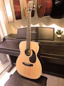 Đàn guitar cũ có nên mua hay không?